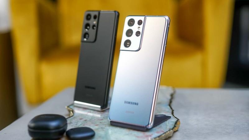 كم تبلغ مبيعات سامسونج من الهواتف الذكية في 2021؟
