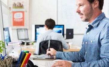 موقع غني بالدروس والكورسات في مجالات البرمجة والتصميم