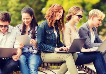 7 نصائح لشراء حاسب محمول مخصص للطلاب