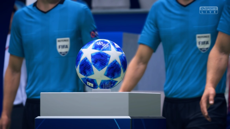 مقارنة بين PES 2019 FiFa FIFA-19-DEMO-Kick-Of