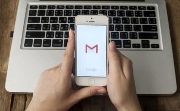 كيفية تنزيل الصور من Gmail