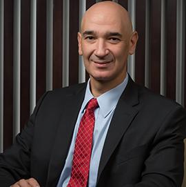 سيد حشيش / المدير العام الإقليمي لدى شركة مايكروسوفت الخليج
