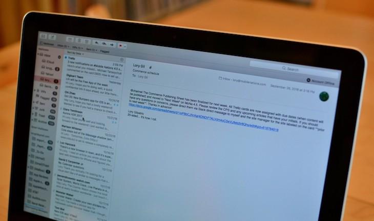 كيفية إضافة توقيع إلى رسائلك في بريد آبل