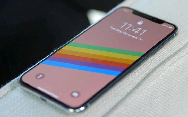 شاشات سامسونج تكلف آبل حوالي 20 مليار دولار سنة 2018!