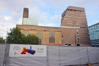 Vista lateral da Tate Modern.
