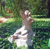 Êxtase, prazer, alegria, romantismo e até erotismo na decoração clássica.