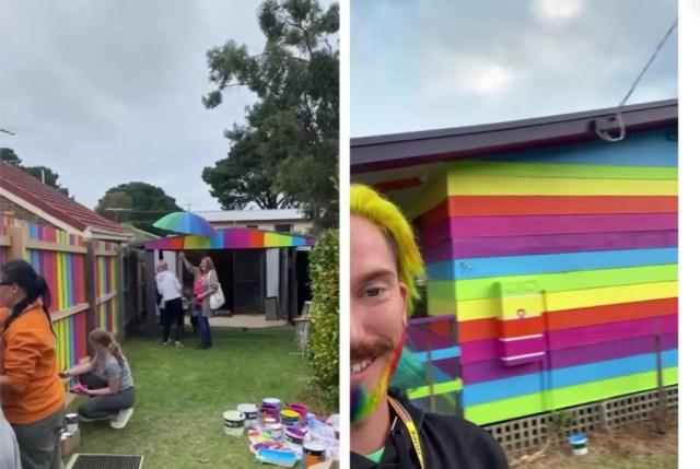 Mykey O'Halloran (derecha) documenta cómo él y varios miembros de la comunidad pintan su casa y el exterior con los colores del arco iris.