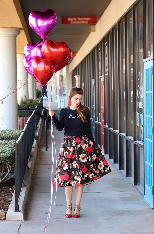 valentines day outfit | random acts of kindness ideas. | how to spread kindness | casual valentines day outfit