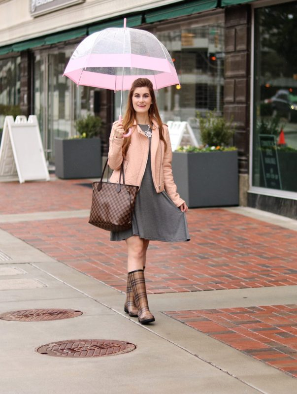 birmingham alabama things to do in   birmingham Alabama   birmingham alabama restaurants   rainy day outfit   rain boots outfit   burberry rain boots   burberry rain boots outfit   burberry rain boots blush   blush and rainboots