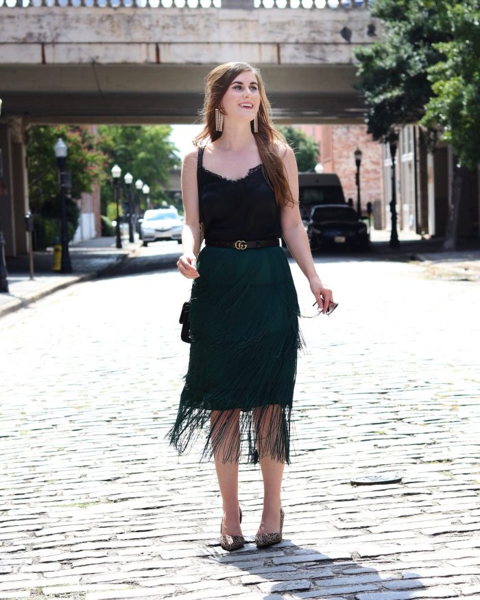 TIERED FRINGE SKIRT | Shein TIERED FRINGE SKIRT | emerald green skirt outfit | emerald green skirt outfit fall | emerald green skirt with black | fringe skirt outfit | fringe skirt | fringe fashion | NYFW Outfit | New York Fashion Week Outfit | What To Wear To New York Fashion Week
