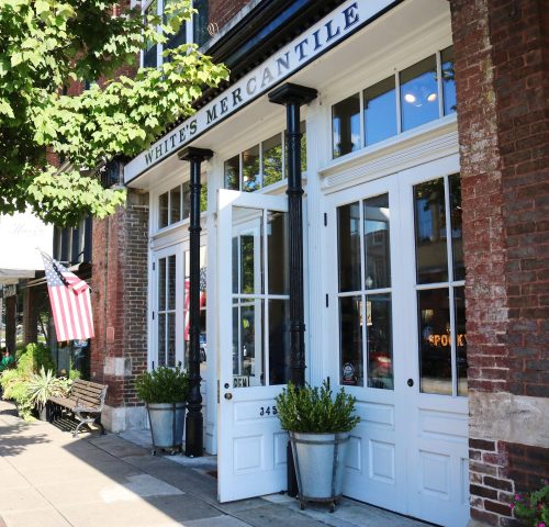 franklin tennessee | franklin tennessee Things To Do | franklin tennessee Downtown | franklin tennessee Restaurants | nashville tennessee | nashville tennessee Vacation | nashville tennessee things to do in | Cowl neck sweater dress | mixing navy and black | how to wear a sweater dress | fall 2018 fashion