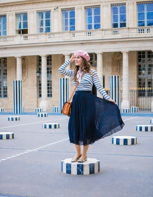 Criss Cross Detail Striped Tee | SHEIN Criss Cross Detail Striped Tee | Paris fashion | striped top with black skirt | pink beret | paris fashion spring| paris fashion spring classy | Louvre | Le Palais Royal | What to wear to Paris | Paris chic outfit