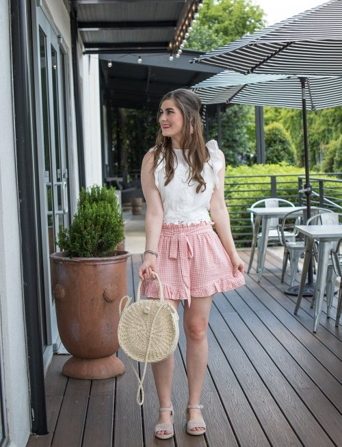 How to style a kimono outfit   kimono traditional   kimono boho   kimono with white jeans   kimono with shorts   mixing floral and gingham   mixing floral and pink gingham   how to pattern mix   kimono and dress   Shein Tie Front Ruffle Hem Gingham Shorts   Shein SHEIN Flounce Sleeve Floral Kimono