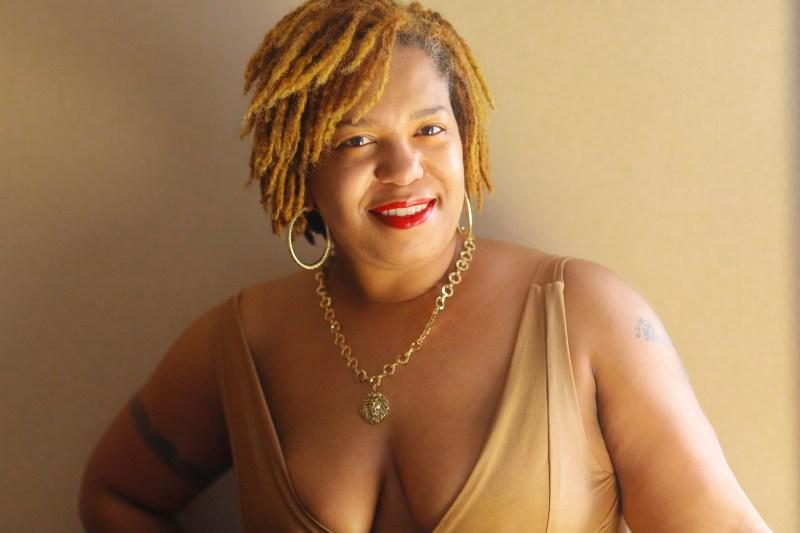 1178 2020-04-01 2020-03-02 Ambershaun Self Portrait Gold 2020-03-02 Ambershaun Self Portrait Gold