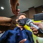 """Gladson afirma que Acre não terá Carnaval 2021: """"será um dia normal de trabalho"""""""