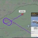 Avião que transporta Gladson desvia rota devido forte chuva na Capital
