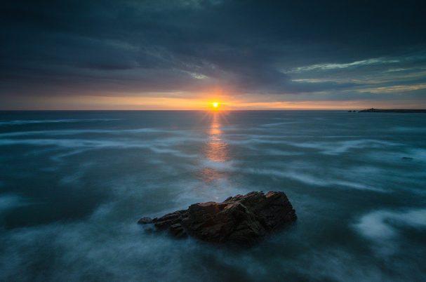 ocean, sunrise, dawn-6530523.jpg