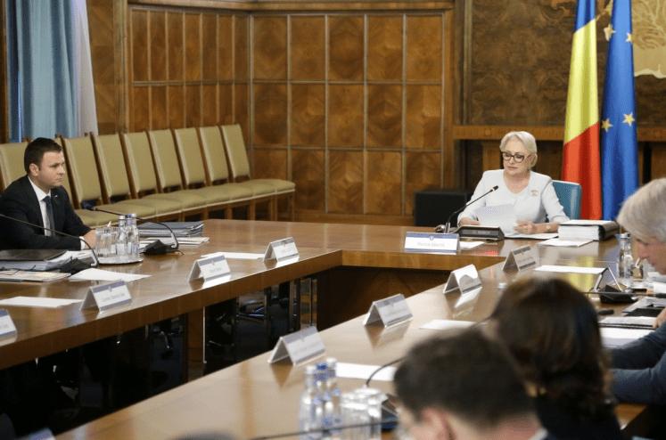 GUVERN: DISCUTAM SOLUTIA LEGISLATIVA PENTRU TRANSPORT ALTERNATIV
