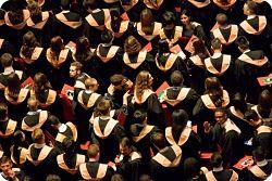 Estudiantes universitarios. Graduación.