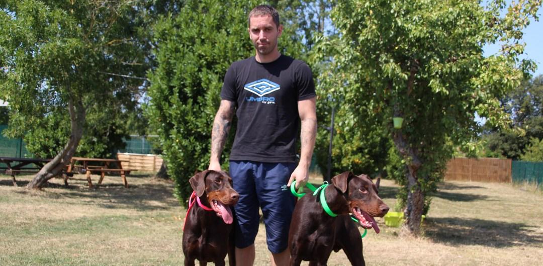 équipe d'éducation canine