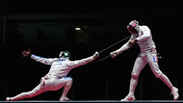 Illustration to the Best Fencing Swords 2020 - Olympic Bout in Men's Epee