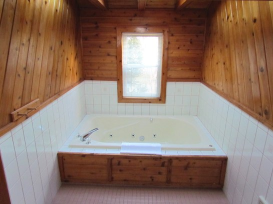 The Townhouse Jacuzzi room.