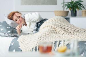 «Gueule de bois vaccinale»: pourquoi certaines personnes ont des effets secondaires?