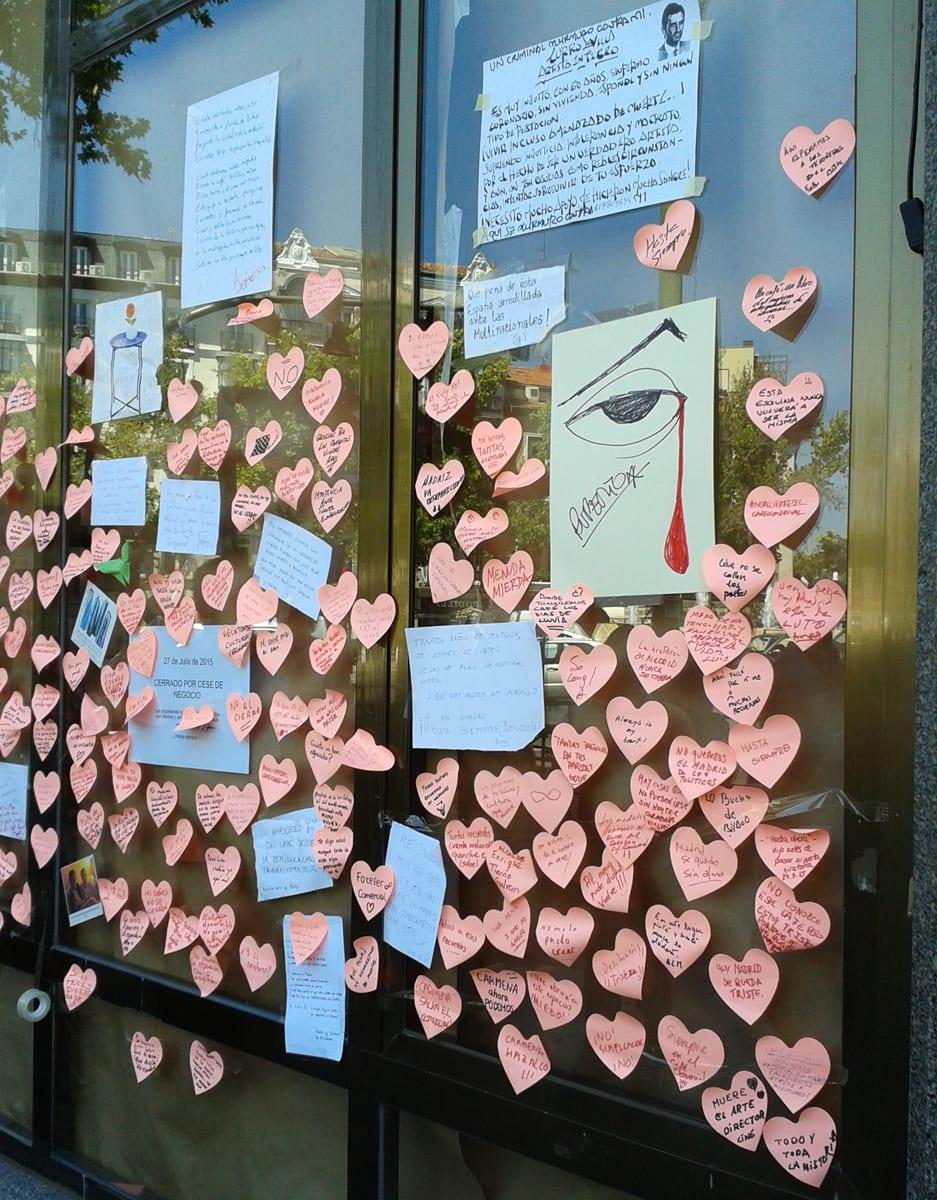Café Comercial Madrid corazones de despedida