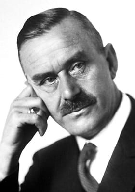 Thomas Mann vía Wikipedia https://es.wikipedia.org/wiki/Thomas_Mann