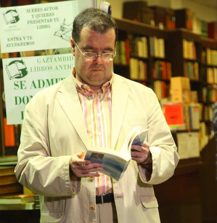 Héroes mutilados. «El Enclave», la última novela de José Manuel Cruz