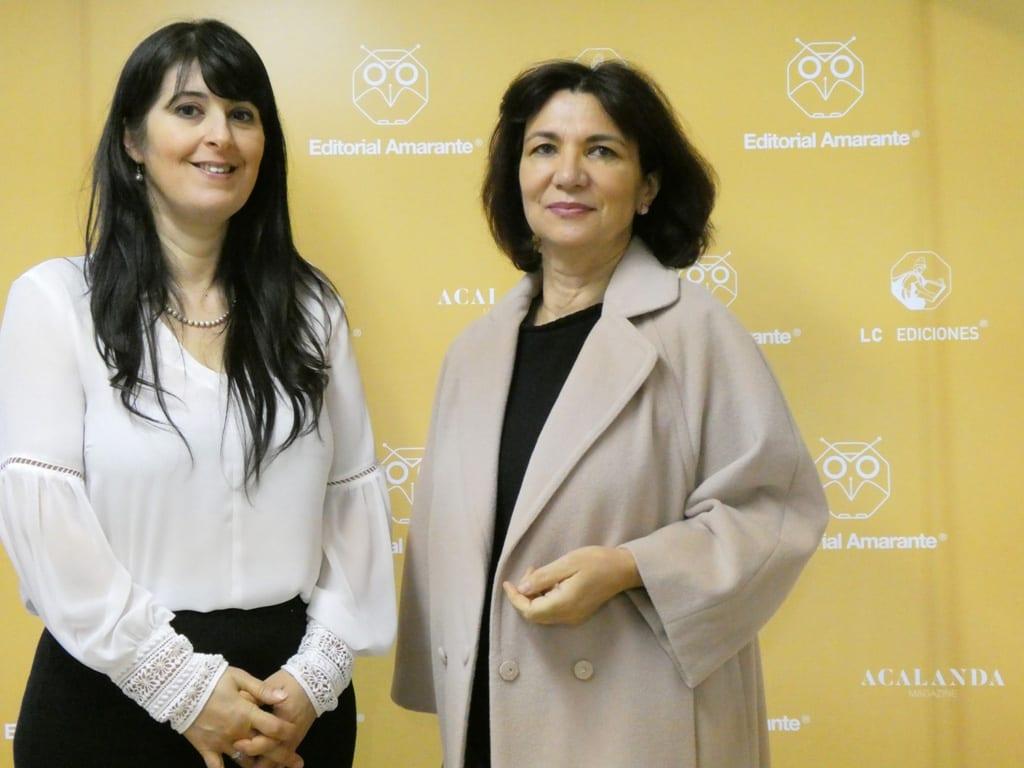 Isamar Cabeza y nuestra y la Directora de ediciones Mercedes Andrés