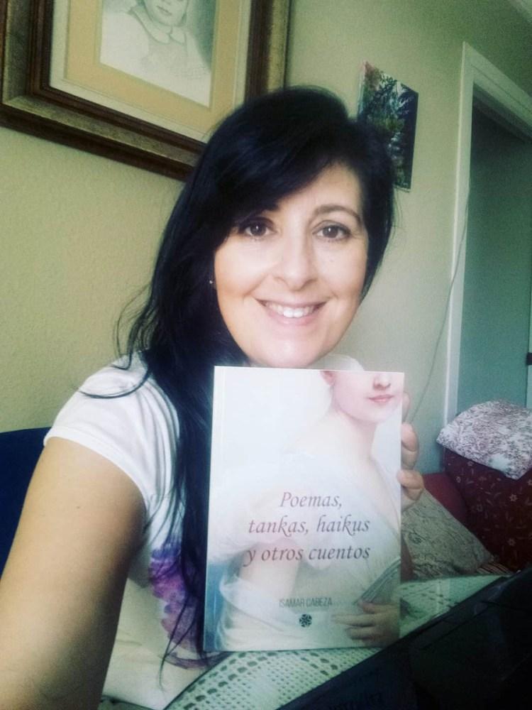 """Isamar Cabeza autora de """"Poemas, tankas, haikus y otros cuentos"""""""