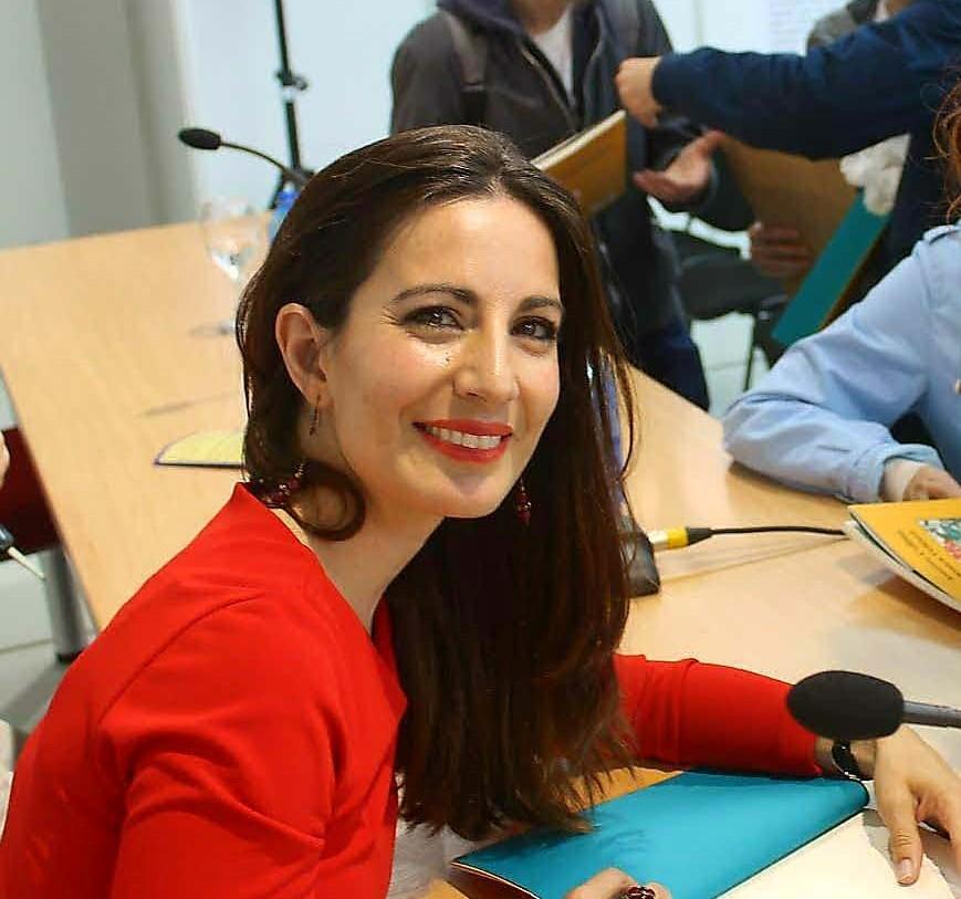 "Mónica Velasco autora de ""Trazos (En torno a Anglada-Camarasa)"" y ""Llumantia Ilíquida"""