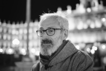 """Vicente Rodríguez Manchado: """"Un dios de soles y fragmentos"""" y """"Bajo otra luz, la última"""""""
