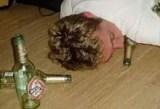 Depois de beber muito, homem dado como morto levanta do necrotério e volta para o bar