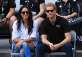 Príncipe Harry faz primeira aparição pública com namorada