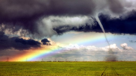 1280-CATERS_TORNADO_RAINBOW_01_0.jpg