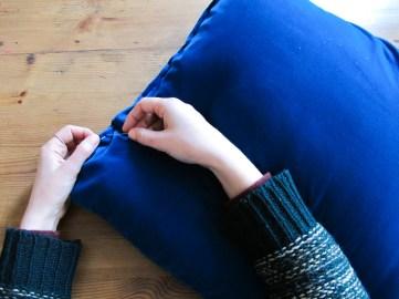 DIY// Comment coudre un coussin en velours patchwork // how to make a velvet patchwork cushion