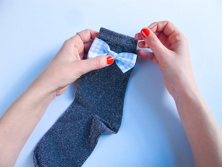 DIY // Réalisez 3 customisations pour vos chaussettes cet automne // 3 ways to customize your socks for this autumn // A Cardboard Dream blog