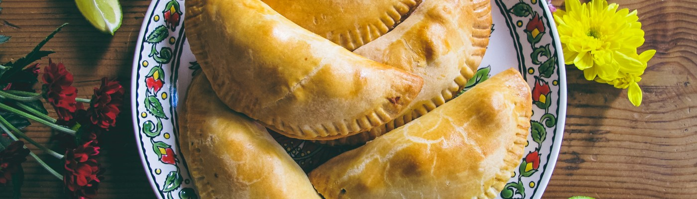Recette : Empanadas Poulet, citron vert et coriandre // Recipe : How to make lime chicken coriander empanadas