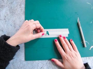 DIY / Réaliser des porte-clès monogrammes en fimo / How to make monogram keyrings