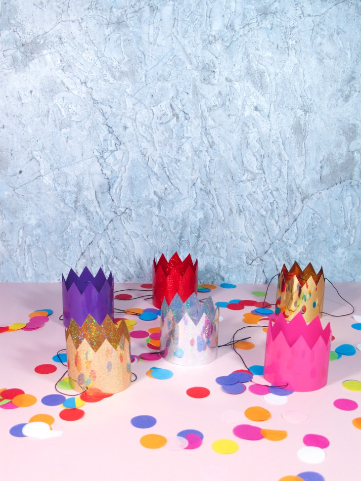 DIY // Réaliser des mini-couronnes de Noël // How to make mini christmas crowns // A Cardboard Dream blog