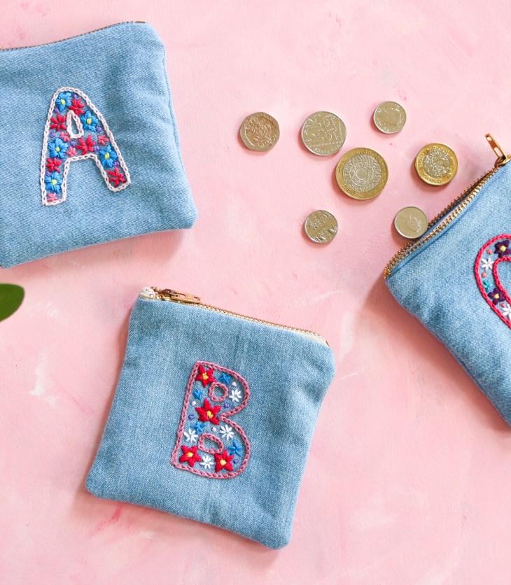 DIY : Coudre et broder des petits porte-monnaies monogrammes // A Cardboard Dream blog