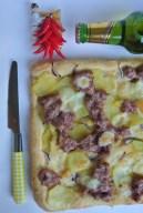 pizza con patate e salsiccia