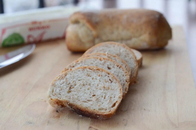 Receita de pão de soro do leite caseiro