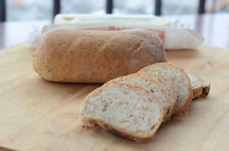 Receita de pão feito com soro residual do iogurte