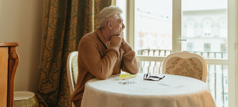 What impact does personality have on mental and physical well-being among adults with type 2 diabetes and depressive symptoms?