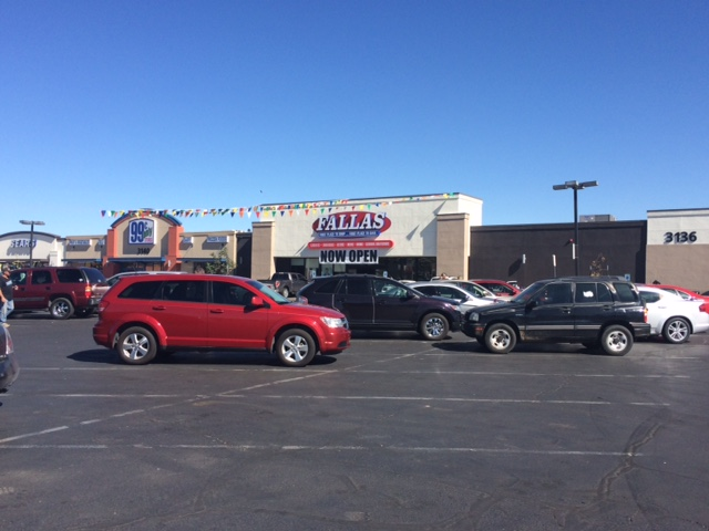 Accelerated Development Services Announces the Grand Opening of Fallas Discount Stores at Frontier Crossing in Kingman, Arizona 6