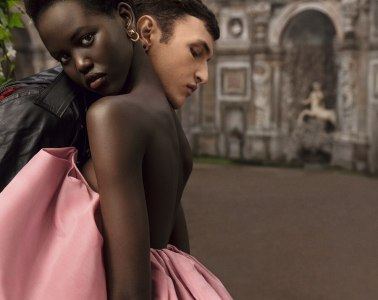 adut akech valentino born in roma and anwar hadid