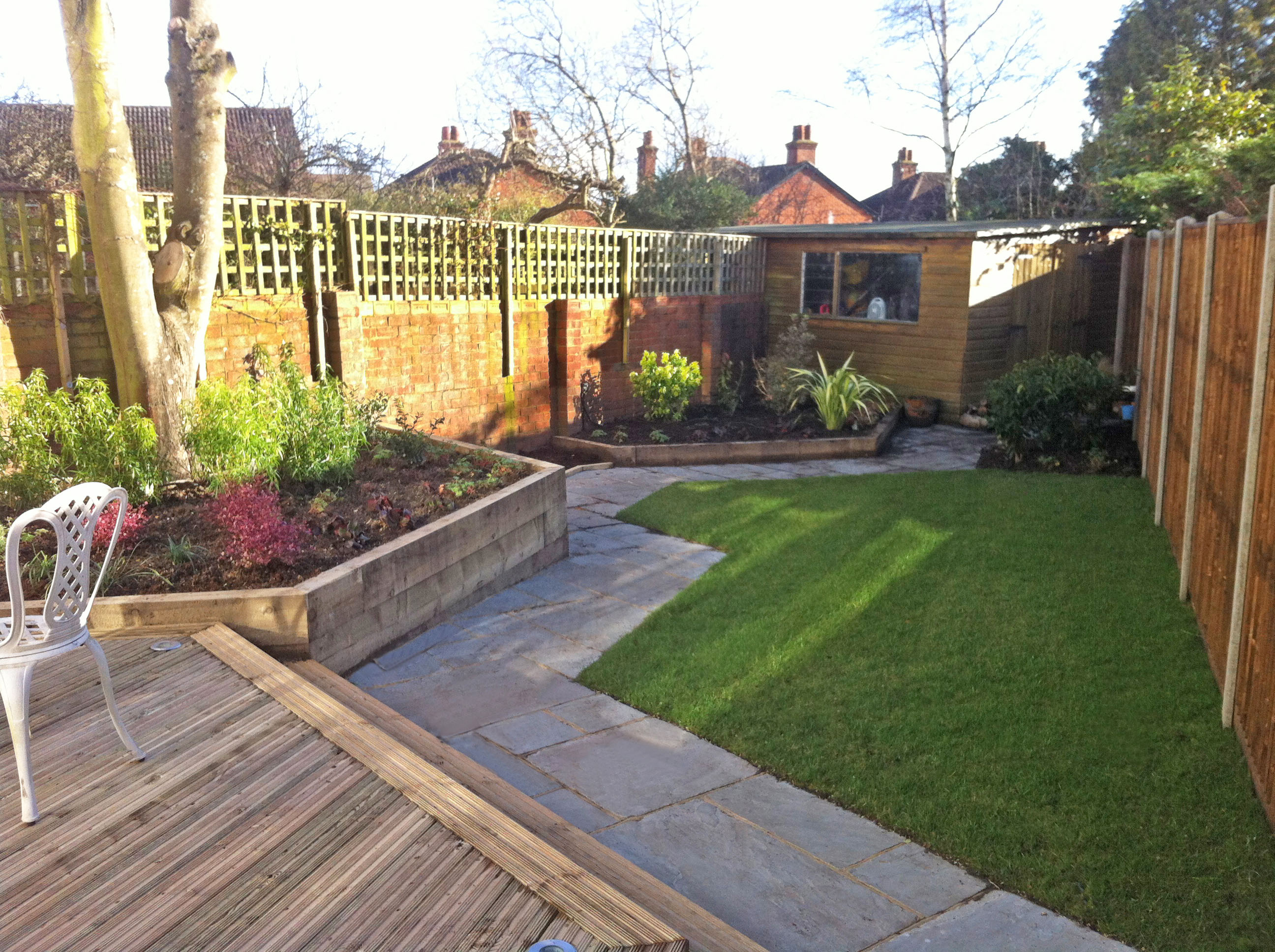 Small Irregularly Shaped Garden | Accent Garden Designs on Patio Shape Designs id=16143
